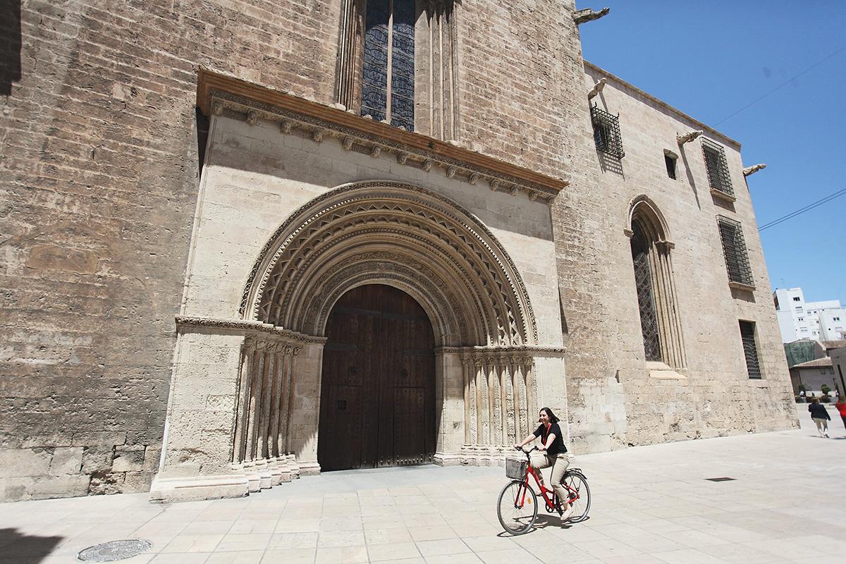 conocer Valencia en bicicleta
