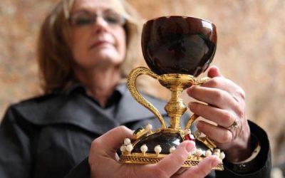 El santo cáliz y Valencia: una historia de mitos